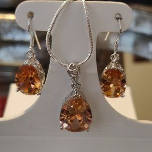 Jewelry - Beautiful morganite set